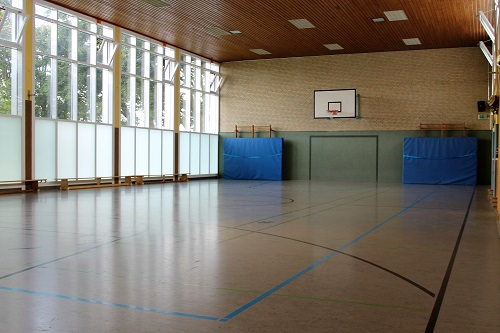 Turnhalle_small.jpg